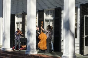 Students from Liberty University School of Music at the Bedford Alum Springs Hotel